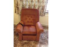 Parker Knoll Electric Rise and Recline Chair