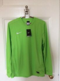 BRAND NEW Genuine Nike DriFit Sports Shirts (Large Size)
