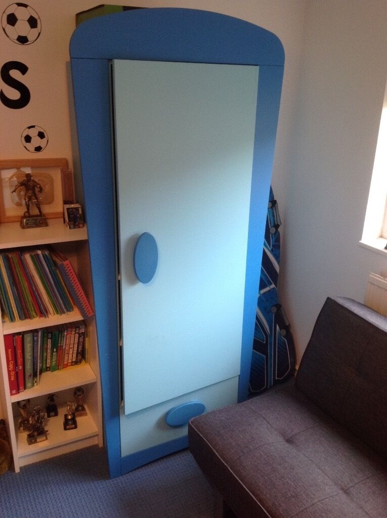 IKEA Mammut childrens furniture setin Bradville, BuckinghamshireGumtree - Childrens wardrobe from Ikeas Mammut range in blue. Wardrobe is 187H x 84W x 50D good condition with slight mark on door. Drawer unit in good condition with matching bedside table. Collection only
