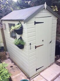 Attractive Garden Shed for sale,less than 2 years old