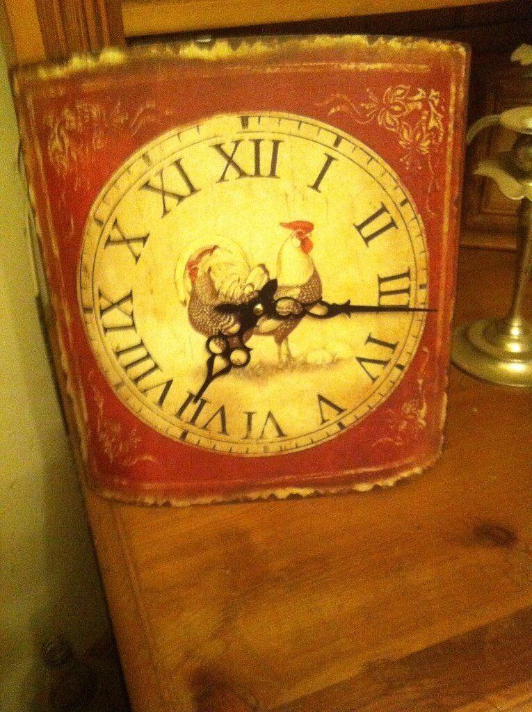 Fabulous metal rustic Farmyard Cockeral clock