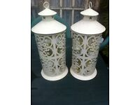 GARDEN METAL LANTERNS WITH LIGHTS