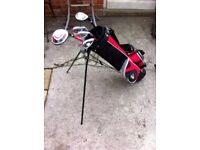 Junior R/H golf clubs and Stand Bag