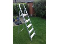 5ft Aluminium Step Ladder