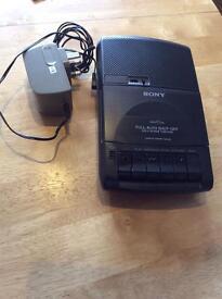 Stereo portable cassette player