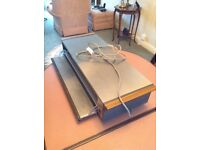 Ecko hostess heated tray with warming drawer. Used twice. Very good condition. In original packing