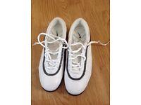 Ladies White Nike golf shoes
