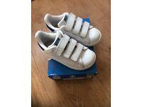 Boys adidas Stan smith trainers vgc