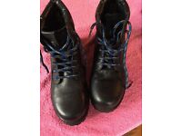 wrangler black boots size 37 ?4 leather lace up childrens