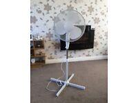 Pedestal adjustable fan
