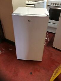 Underbench fridge one month guarantee delivery available
