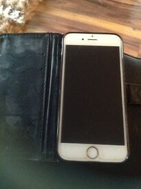 Apple iPhone 6 in gold for sale in immaculate condition