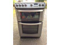 Hotpoint EW83G Cooker - freestanding