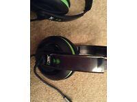 Xbox 360 headphones with microphone