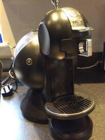 Nescafé Dolce Gusto coffee/ hot drinks machine
