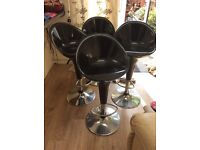 4x bar stools free to collect