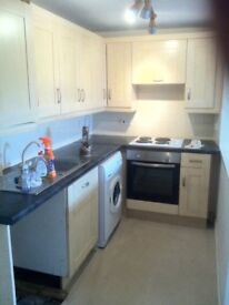 To Let Newburgh - 3 Double Bed Flat - Gas C/H, Parking, Balcony, Bath & Shower