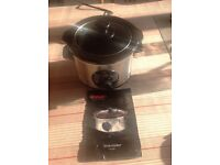 Slow cooker 1.5 litres Swan excellent condition instructions included