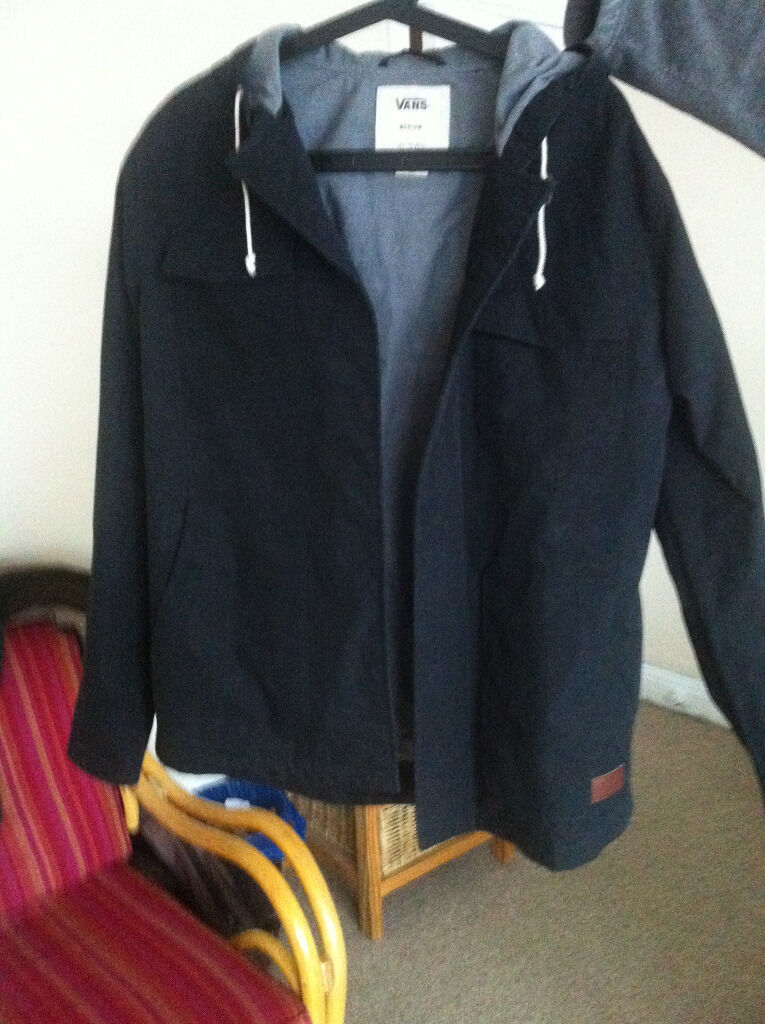 VANS man winter Jacketwater proof) size Min Hove, East SussexGumtree - VANS man hooded medium size jacket. Original price 85 pounds. Its padded and water proof. Only wear couple if times, sale due to no longer fit