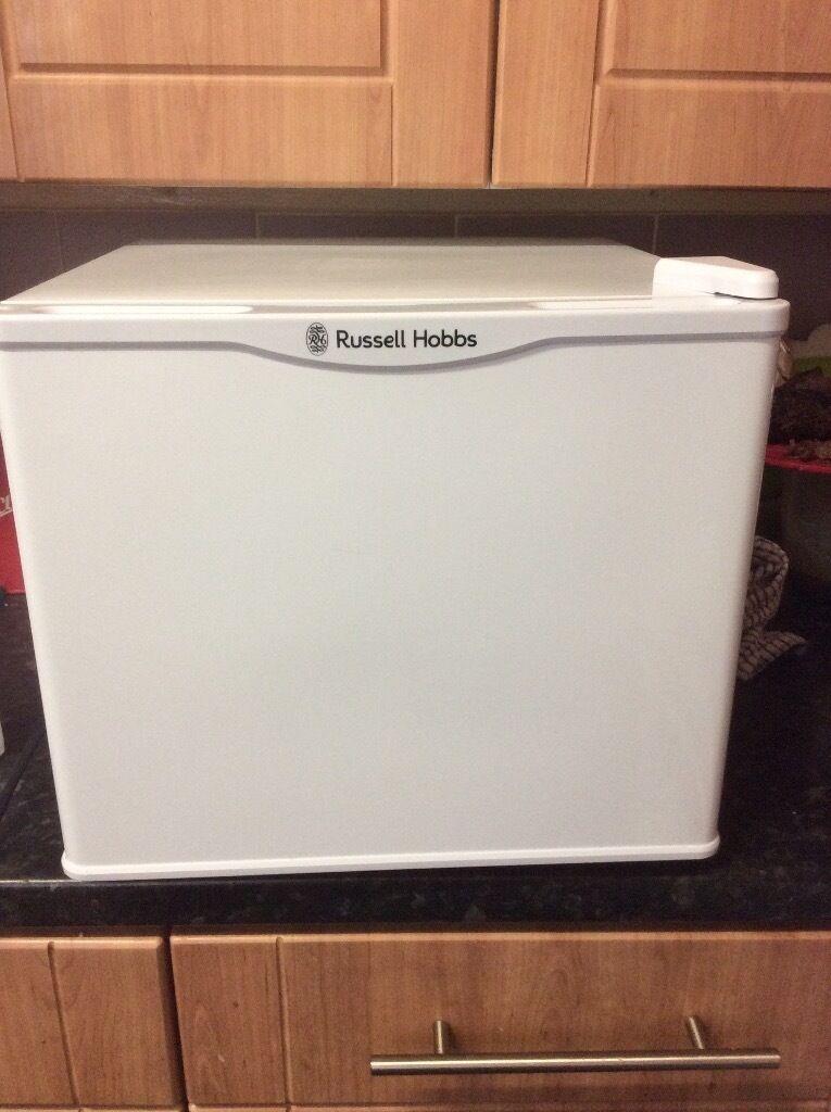 Table top fridge cooler