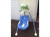 Fisher Price baby papasan cradle swing