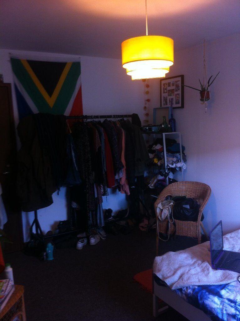 room to rent Dec-Jan, £385- Stokes Croft