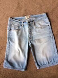 Men's light denim shorts size 32 in waist