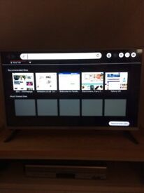 """LG Smart TV 32"""" brand new this, perfect. Real reason for sale- 40"""" upgrade"""