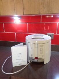 De Longhi F26 Deep Fat Fryer as new, price new £79.95