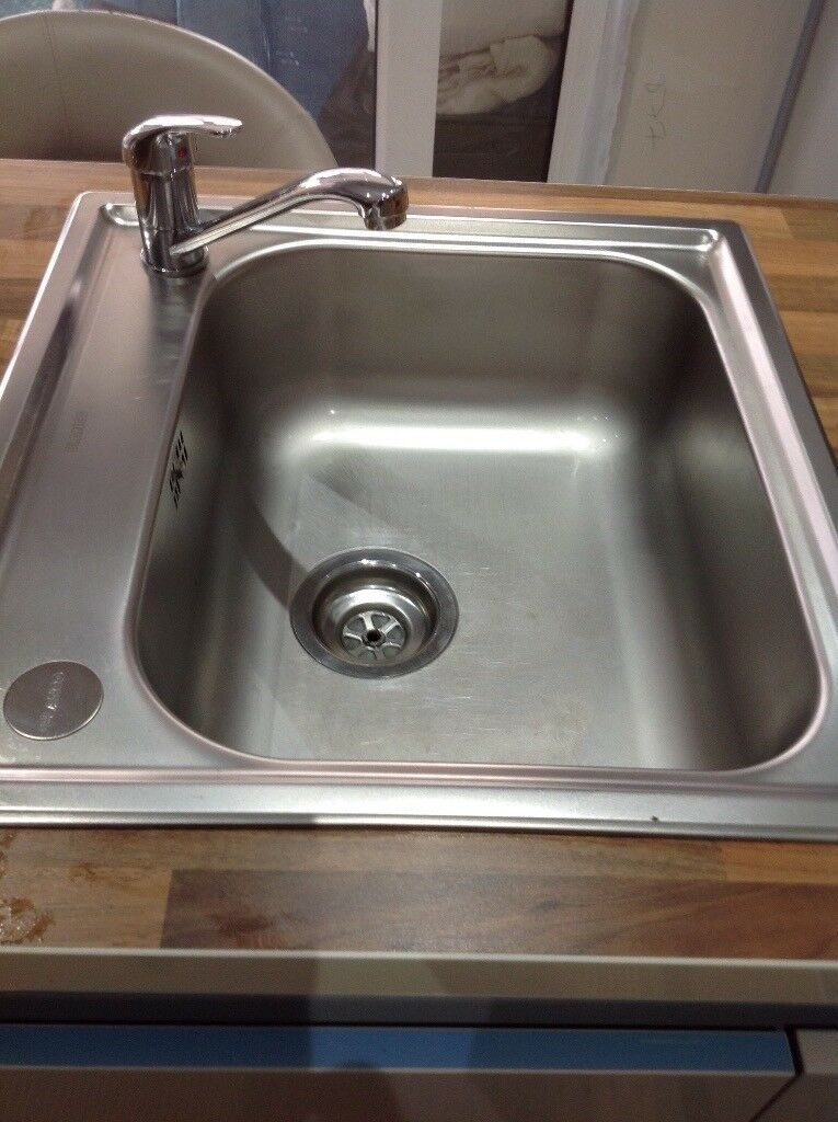 Square Stainless Steel Sink And Tap Only 2 Weeks Old 15