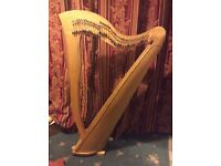 37 string lever harp - good condition, needs a few minor repairs (suitable for DIY)