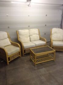 Wicker / conservatory furniture set 4 seats with a glass table... QUICK SALE WANTED
