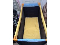 Travel cot, large size, by Hauck, good as new!