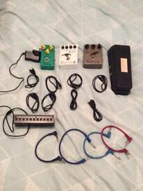 4 Guitar pedals & Power supply
