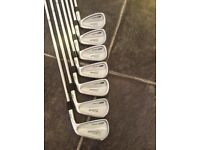 Titleist 712 CB iron set 4-pw as brand new condition