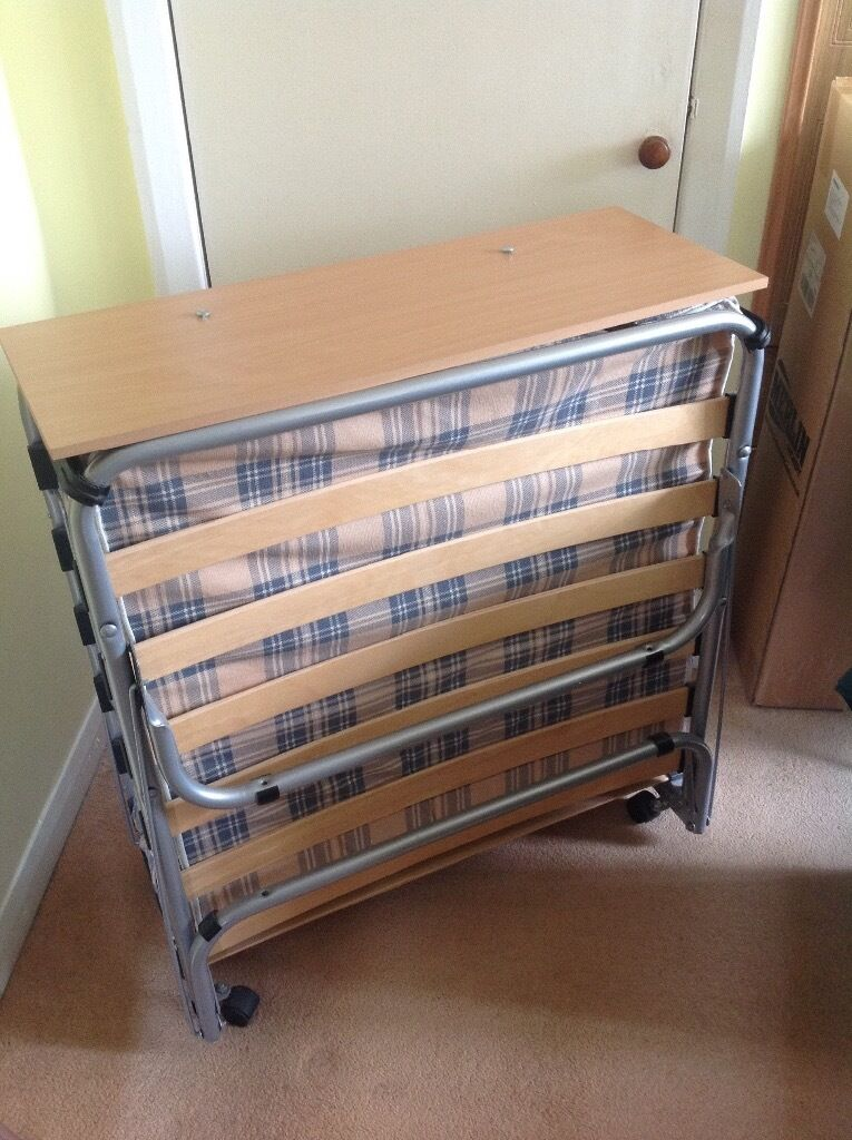 Z BED FOR SALEin Bishopbriggs, GlasgowGumtree - Z BED PURCHASED FOR £100. ONLY USED A COUPLE OF TIMES, VERY GOOD CONDITION. COLLECT ONLY