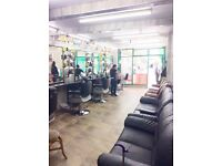 FLAT BLOCK FOR SALE/ 4 BEDROOMS, RECEPTION & BARBERS SALON/ NG7