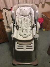 Chicco Polly 2 in 1 High chair good condition