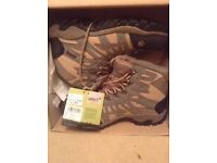 Gelert Womens top quality walking waterproof boots, New and boxed duplicate present