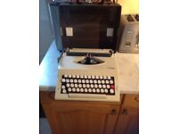 Imperial 2002 Portable Typewriter
