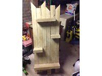 Shabby chic wooden shelf