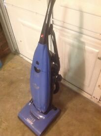 Upright Hoover Pure Power 1600w for spares/repairs.