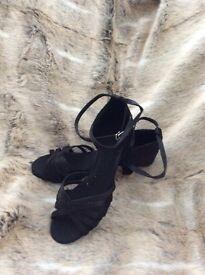 Salsa dancing black shoes