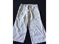 New Look Three Quarter Shorts Size 10