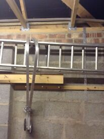 10 metre ladder with 2 sections, stand-off and roof hook kit