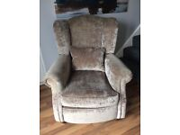 EXCELLENT condition modern wing back chair