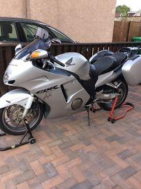 Honda CBR Super Blackbird 1100