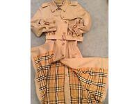 Ladies classic Burberry trench coat authentic