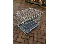 Dog animal cage crate. Good condition excellent quality
