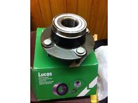 Lucas wheel bearing,brand new in box ( Mondeo 93-99) also fits escort van
